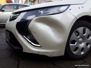 Opel Ampera mit Unfallschaden