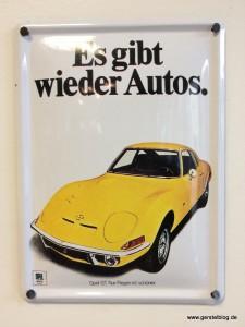 Blech-Werbeschild für den Opel GT aus den Siebzigern