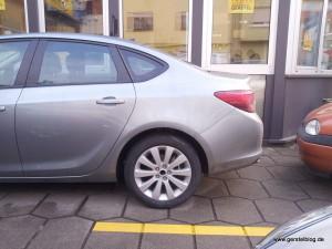 Opel Astra Limousine Seitenansicht