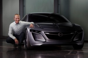 Opel Monza Concept mit Dr. Karl-Thomas Neumann