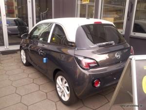 Opel ADAM bi-color anthrazit mit weißem Dach