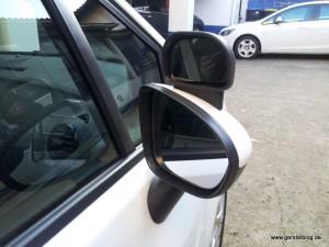 Fahrschulauto, zusätzliche Außenspiegel