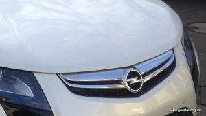 Opel Ampera Haube