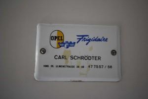 Historisches Opel-Frigidaire-Schild