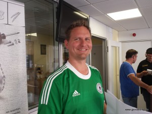 Andreas im Fußballdress