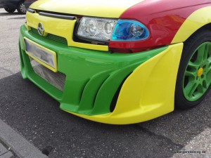 Opel Astra F in Vollfarb-Tuning