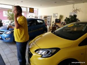 Andreas und Corsa in Sunny Gelb